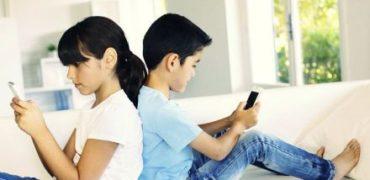 Cand ii oferim copilului primul smartphone?
