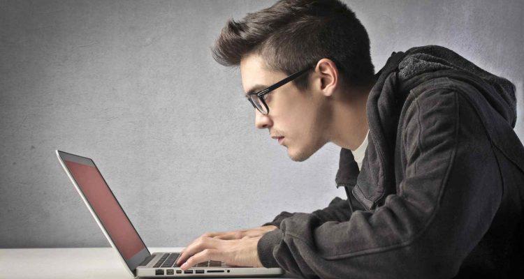 Cum ajuta ochelarii de protectie pentru calculator?