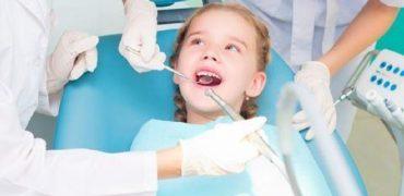 Cat de importanta este vizita la un medic dentist pentru copilul tau