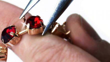 Ce aur se foloseste pentru obtinerea bijuteriilor?
